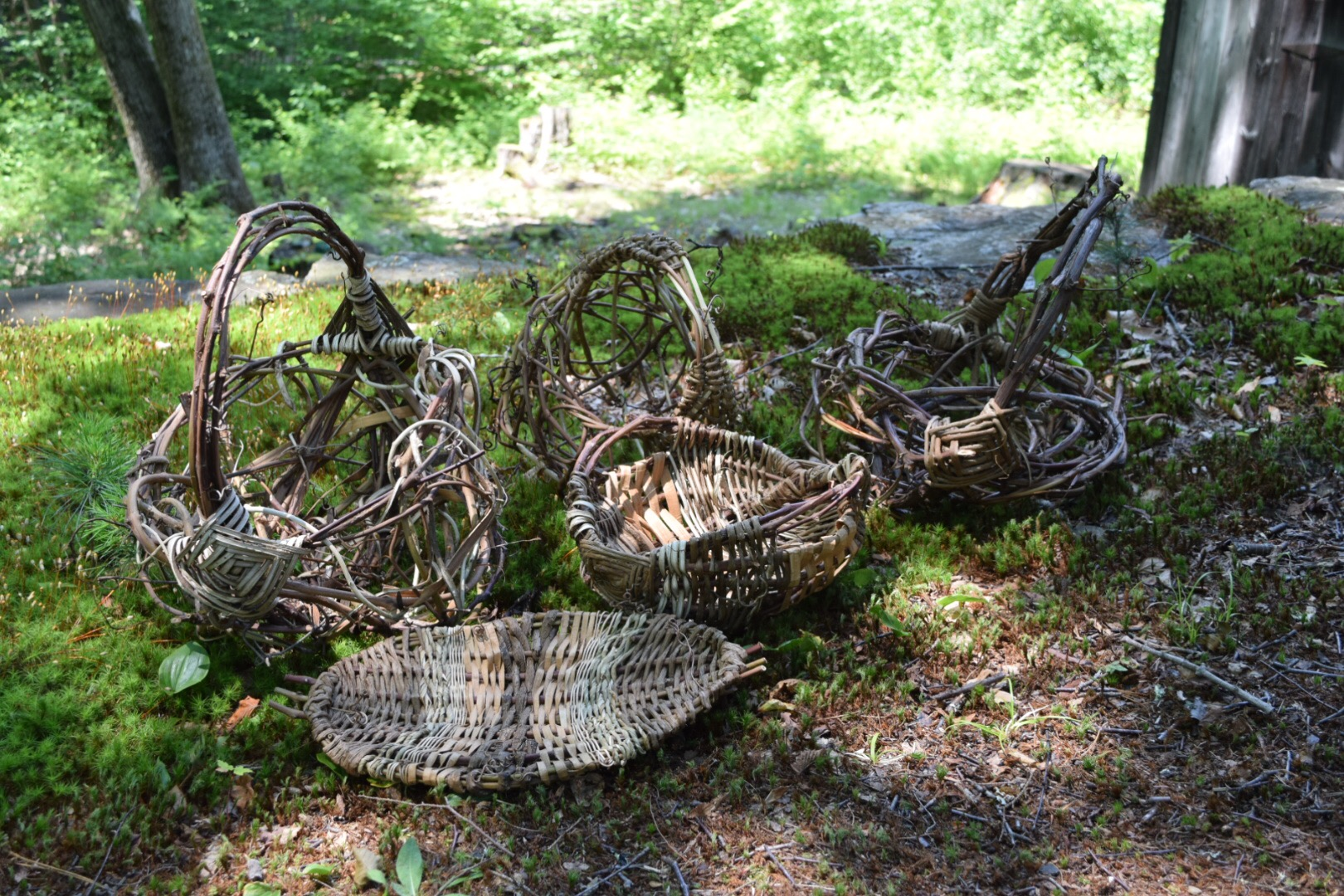 Baskets In A Barn: A Crafts Retreat On A Beautiful July Weekend