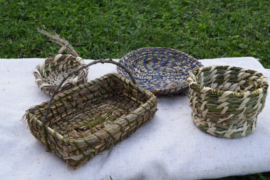 4 baskets made by two sisters