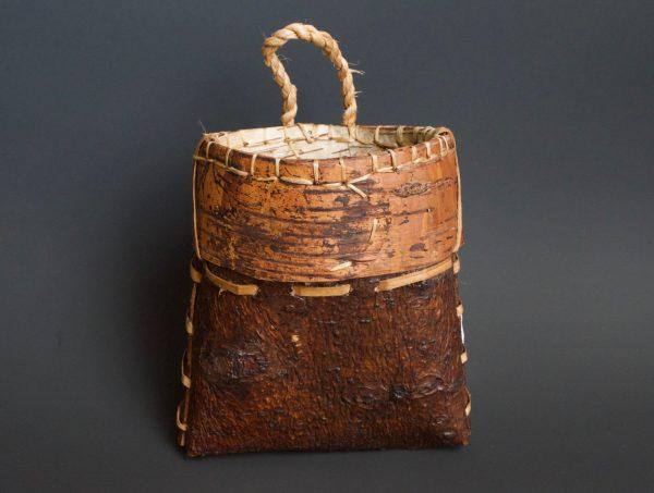 White Pine Belt Pouch /  6″ x 5 1/2″ x 3″  /  white pine bark, birch bark, basswood bark, basswood cordage, artificial sinew